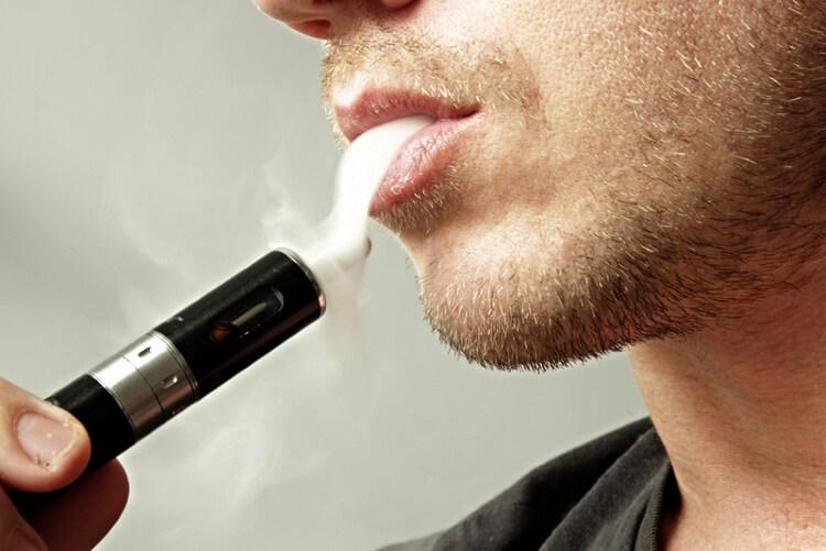 Benefits of E-Cigarettes vs. Traditional Cigarettes